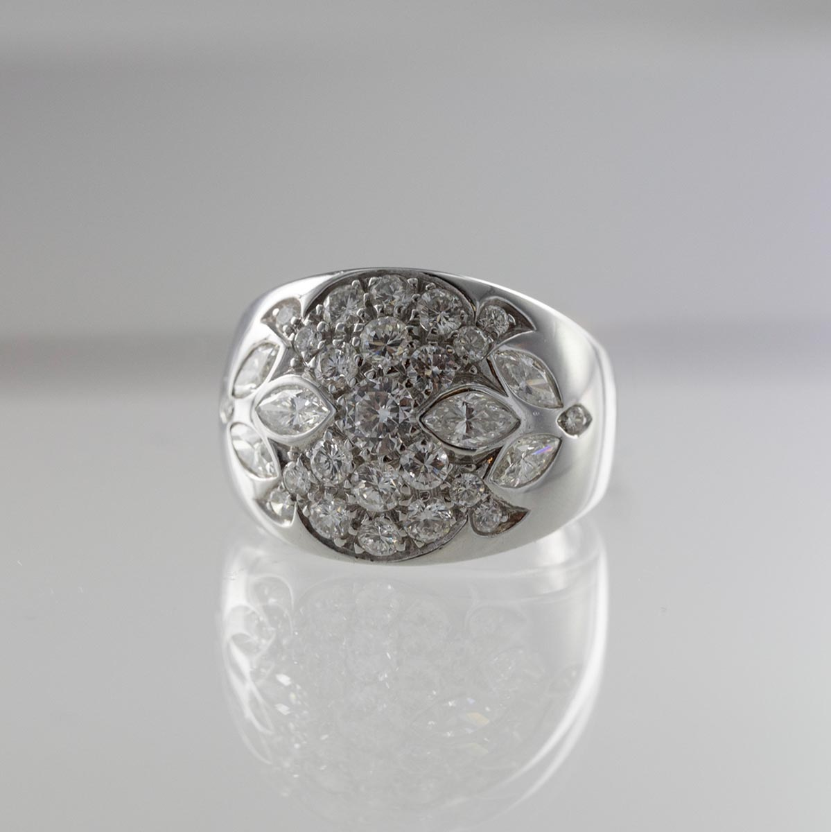 Bague jonc multi diamants brillants