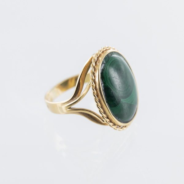 Bague malachite forme ovale