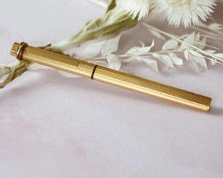 Stylo plume Cartier en plaqué or à retrouver sur notre site  #gold #bijouterie #plaqueor #cartier